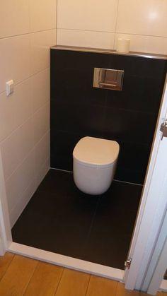Modern toilet gerealiseerd door Sanidrome ravo uit Amsterdam.