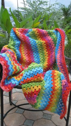 Granny stripe afghan- I like the colors in this. Bright and vibrant, as versus the earth tones from the that I think of when I think of afghans. Grannies Crochet, Crochet Quilt, Love Crochet, Beautiful Crochet, Crochet Baby, Rainbow Crochet, Rainbow Afghan, Plaid Crochet, Crotchet