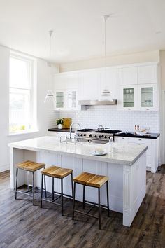 8 Jaw-Dropping Diy Ideas: Simple Kitchen Remodel Shaker Style kitchen remodel must haves sinks.Open Kitchen Remodel Floors u shaped kitchen remodel stove.Ikea Kitchen Remodel Back Splashes. Budget Kitchen Remodel, Galley Kitchen Remodel, Kitchen Cabinet Remodel, Kitchen On A Budget, New Kitchen, Kitchen Decor, Kitchen Remodeling, 1960s Kitchen, Narrow Kitchen