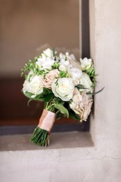 A very pretty rose bouquet: http://www.stylemepretty.com/georgia-weddings/atlanta/2015/06/17/elegant-atlanta-garden-terrace-wedding/ | Photography: Rachel Red - http://rachelredphotography.com/