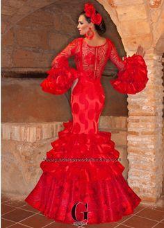 EXUBERANTE - Guadalupe Moda Flamenca Modest Dresses, Dance Dresses, Flamenco Dresses, Red Frock, Look Fashion, Fashion Outfits, Spanish Dress, Flamenco Dancers, Mexican Dresses