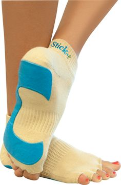 The original non-slip Stick-e® Yoga Socks  have a unique patented design that creates a barefoot feeling!   The socks have a hole for each toe to extend through for gripping the floor or equipment.  They are available in either beige or black.