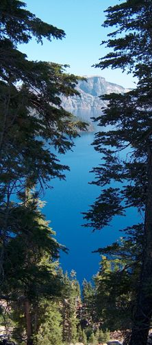 Crater Lake Oregon, a true natural wonder that even the best photos do not enlighten you enough with it's wonder and beauty.