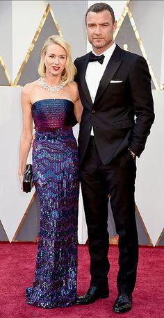 Academy Awards 2016: Arrivals. Naomi Watts (in Armani Prive) & Liev Schreiber