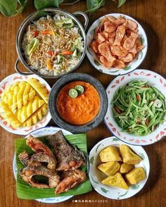 Indonesian Food Traditional, Catering Food, Aesthetic Food, Allrecipes, I Foods, Food Photography, Curry, Easy Meals, Food And Drink