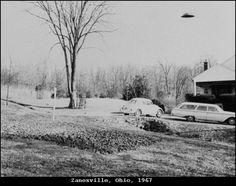1967 - Zanesville, Ohio - Fevereiro. Ralph Ditter, barbeiro, tirou duas fotografias deste objeto desconhecido.