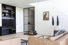 white - black - glass - frame - seat - livingroom - shoot LUXHOME - photographer - photography - Valerie Clarysse - Beeldpunt