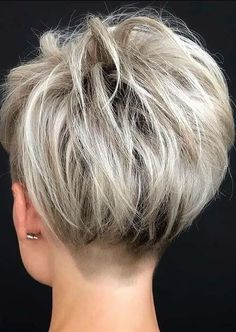 Just visit here to see so much amazing styles of pixie haircuts for undercut short hair. Fashionable ladies who wanna make them look bold with short haircut styles they are required to explore this link for fresh pixie cuts in 2020. Pixie Haircut Styles, Pixie Haircut For Thick Hair, Short Hair Undercut, Short Pixie Haircuts, Undercut Hairstyles, Curly Hair Styles, 2015 Hairstyles, Celebrity Hairstyles, Wedding Hairstyles