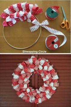 bow wreath                                                                                                                                                                                 Mais