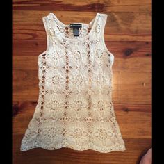 """Off White Crotchet Tank Top size small Valerie bertinelli brand Off White Crotchet Tank Top size Small 22"""" long  in good condition. Valerie Bertinelli Tops Tank Tops"""