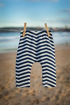 Baby gifts with a difference, our Navy Chevron Bamboo pants are chic and comfy. Representing the ultimate in baby gifts, ultra soft and modern design.