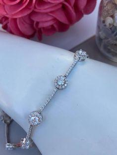 Bracelet en argent 925, cubiques zirconium Bracelets, Diamond, Tennis, Jewelry, Products, Lobster Clasp, Jewlery, Jewerly, Schmuck