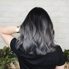 Blonde Hair Color Ideas Discover 10 easy medium wavy hair styles you can copy in 2020 If you need an easy medium hairstyle for yourself in the coming Spring collected about 10 trendy styles for you. Hair Dye Colors, Ombre Hair Color, Hair Color For Black Hair, Grey Ombre Hair Short, Black To Grey Ombre Hair, Black And Silver Hair, Black Hair With Grey Highlights, Silver Hair Dye, Gray Ombre