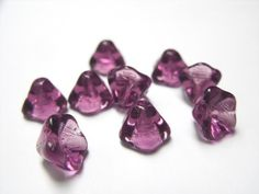 Plum Czech Flower Beads  B-6311 by BeadsYouNeed on Etsy