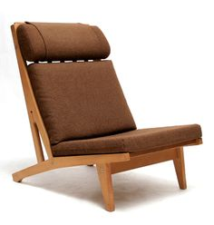by Hans J. Furniture Upholstery, Furniture Decor, Furniture Design, Furniture Making, Contemporary Furniture, Chair Design, Vintage Furniture, Home Furnishings, Living Room Chairs