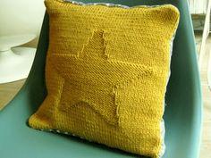 Francine et Rosalie: Stars pillow Child Love, Your Child, Cushions, Pillows, Home Textile, Knit Crochet, Free Pattern, Couture, Diy