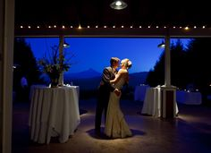Destination Wedding Photography: Gorge Crest Winery in the Columbia River Gorge. Photo by Benjamin DiCaprio.