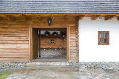 Hanul Balaban Bungalow, Garage Doors, Interior, Outdoor Decor, Home Decor, Decoration Home, Indoor, Room Decor, Interiors