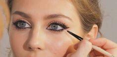 Küçük gözleri büyük göstermek için 8 makyaj ipucu