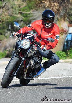 Παρουσίαση : Moto Guzzi V7 Racer http://caferacercult.gr/dokimes/parousiasi-moto-guzzi-v7-racer.html