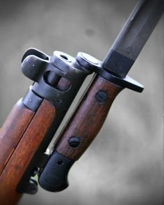 Short Magazine Lee Enfield. 303 Rifle and 17 inch bayonet. On display at Bisley service weapons meeting 2016.