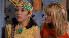 Lizzie and Miranda looks. Kelis Hair, Nanny Outfit, Lizzie Mcguire Movie, Teen Tv, She Movie, Hilary Duff, Retro Aesthetic, Teenage Dream, American Idol