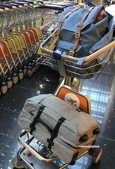 Trucos para viajar sólo con equipaje de mano - El mundo de Floxie #equipaje #comoarmarlavalija #equipajede mano #trucos Backpacks, Lifestyle, Shopping, Tela, World, Cabin Size Suitcase, Travel Tips, Travel Alone, Good Advice