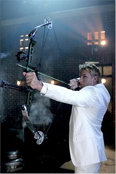 Justin Hartley as Oliver Queen in Smallville and thanks to his good job of protraying this character, CW are giving Green Arrow his own series... fingers crossed