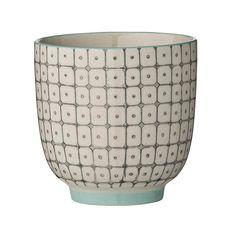 Tasse à café grise et Mint de la maison #Bloomingville, marque de décoration et de #vaisselle #scandinave. La tasse est en céramique, le décor graphique est posé à la main et vendue à l'unité ou par lot de 3 chez @bonjourbibiche <3