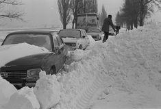 """Képtalálat a következőre: budapest"""" Tsunami, Busan, Hungary, Budapest, Tao, Vintage Photos, Retro Vintage, Arch, Weather"""