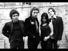 The Adverts - Gary Gilmore's Eyes (1977) \,,/