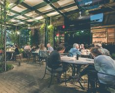 A Night Of Jazz And Al Fresco Dining That S How We Like To Celebrate Our