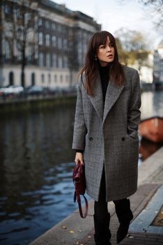 Because statement coats are key, when it comes to looking cool this winter!