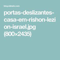 portas-deslizantes-casa-em-rishon-lezion-israel.jpg (800×2435)