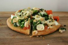 NOM! Grapefruit, Asparagus and Hearts of Palm Goat Cheese Pizza!