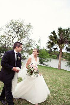 DIY wedding.  www.jesslynnvioletphotography.com