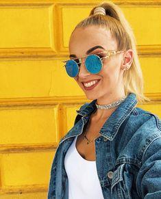 Round Sunglasses, Sunglasses Women, Celebrities, Tops, Fashion, Moda, Celebs, Round Frame Sunglasses, Fashion Styles
