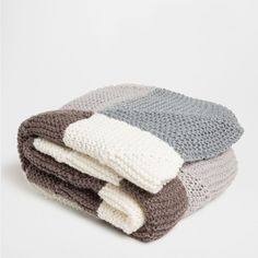Zara Home CHECKED CROCHET BLANKET (€155) ❤ liked on Polyvore featuring home, bed & bath, bedding, blankets, grey, zara home, grey blanket, gray blanket, acrylic blanket и crochet blanket