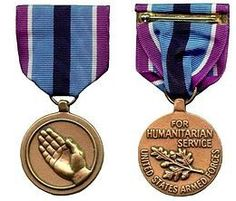 Obverse and reverse of the Humanitarian Service Medal