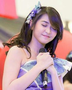 Just close your eyes, thinking something beautiful and forget this is a very rough day #Jessica #Veranda #JKT48