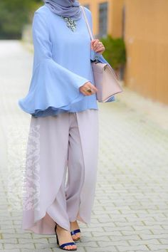 The pants have decorative skirt-like look. Zip at the back. The top is made of viscose and thus it is perfect for summer. Super ruffled sleeves make Abaya Fashion, Muslim Fashion, Modest Fashion, Feminine Fashion, Fashion Dresses, Modest Wear, Modest Outfits, Ladies Outfits, Casual Outfits