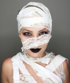 SEXY MUMMY MAKEUP | Easy Costume ideas you can do with stuff from around the house | Cute budget friendly halloween costumes | prive beauty group makeup