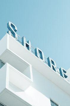 Wayfinding and Typographic Signs - art-deco-miami-beach-shore