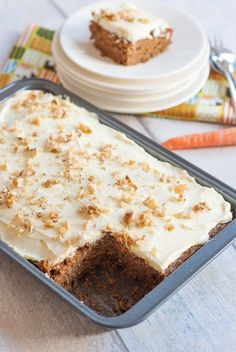 Worteltaart met MonChou-topping – Food And Drink Healthy Pie Recipes, Healthy Baking, Sweet Recipes, Baking Recipes, Baking Snacks, No Bake Desserts, Delicious Desserts, Yummy Food, Baking Desserts