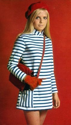 France Gall in French New Wave style. 60s And 70s Fashion, Fashion Mode, French Fashion, Vintage Fashion, Sporty Fashion, Nautical Fashion, Retro Mode, Vintage Mode, Vintage Outfits