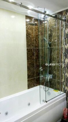 #design #glassshower #decoration #renovation #concept #ideas #modern #showerdoor #bathroom #home #frameless #bathroomdesign #theglassindustry #luxury #interiordesign #saintgobain Glass Shower, Shower Doors, Glass Design, Bathtub, Interior Design, Bathroom, Luxury, Modern, Concept