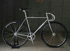 Fixed Bike, Fixed Gear, Bicycle Painting, Fat Bike, Vintage Bikes, Cycling, Steel, Biking, Madness