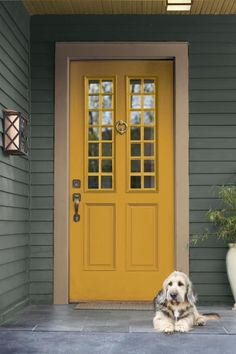 Home Renovation Front Door Welcome Home - Spice up your space with this exotic shade of yellow Yellow Front Doors, Front Door Paint Colors, Best Paint Colors, Painted Front Doors, Paint Colors For Home, Red Doors, House Paint Exterior, Exterior Paint Colors, Exterior House Colors