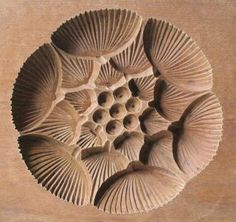 japanese_antique_kashigata_lotus_flower_with_cover_hand_carved_wooden_mold_1_thumb2_lgw.jpg (320×302)