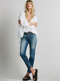 Which Vintage Levi's Jeans Cut Is the Most Flattering for YOUR Body? via @WhoWhatWear